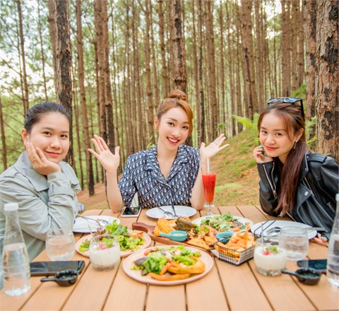 CEO Lý Thùy Chang chia sẻ tips ăn trọn Đà Lạt không lo tăng cân